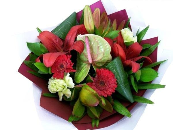 Modern Bouquet Red/Green