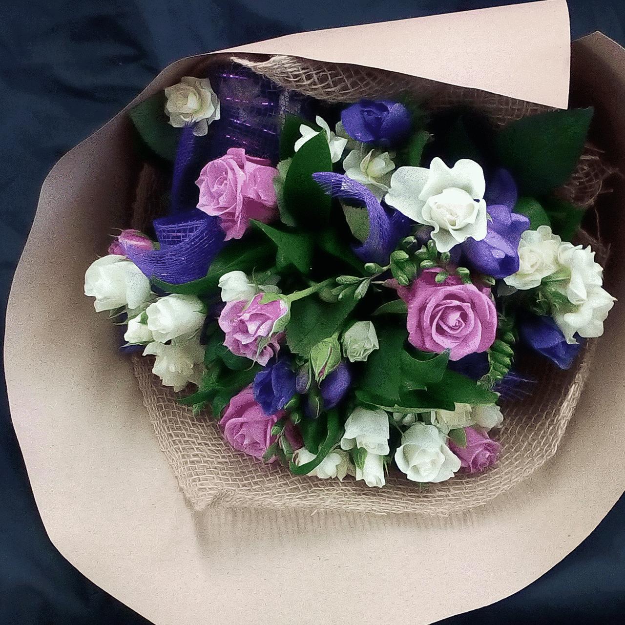 Vintage Posy - Florist's Choice